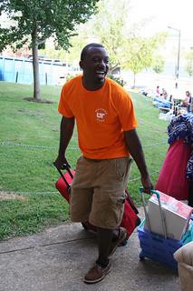 move-in-volunteer