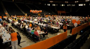 More than 1.300 UT employees attended the 2014 Spring Thank-You Picnic April 29 at Thompson-Boling Arena.