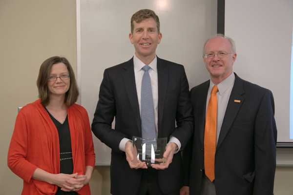 Left to right, Celeste Carruthers, assistant professor of economics; Accomplished Alumnus Award recipient Mike Coggin, chief accounting officer of LifePoint Hospitals Inc; and Stephen L. Mangum, dean and Stokely Foundation Leadership Chair of the Haslam College of Business.