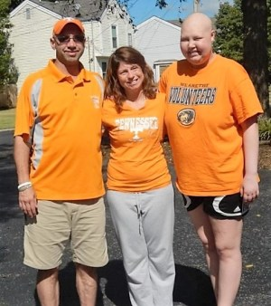 Makayla Claussen, with her parents, LeAnn and David.