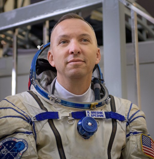 Expedition 52 Qualification Exams