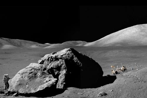 schmitt_moon
