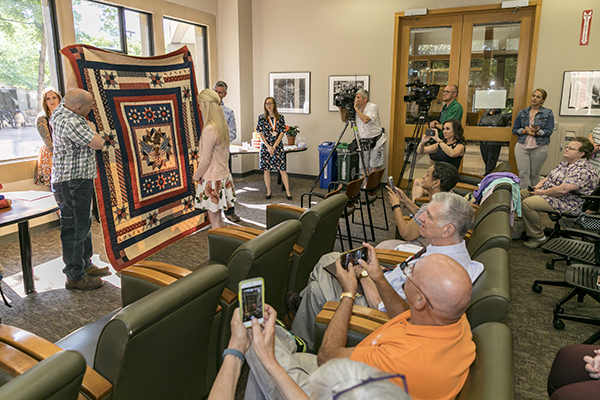 2018 05 08 quilts of valor veterans 41262 EC146