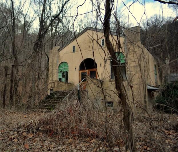 Calderwood Baptist Church