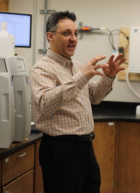 Research Associate Professor and Technical Manager of the Water Quality Core Facility Adrian Gonzalez gives a tour of the new lab, which provides testing for the Great Smoky Mountains National Park, among others.