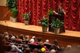 Mayim Bialik delivers the fifth annual Mossman Distinguished Lecture on Monday, March 4.