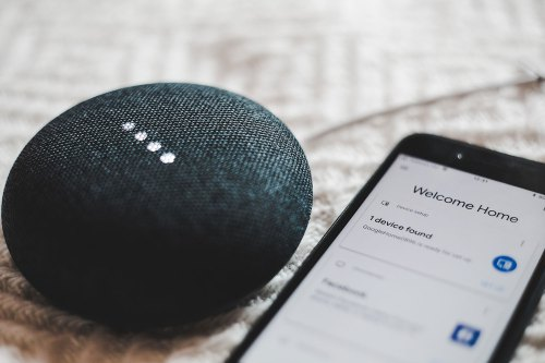 Google Home and Smart Phone