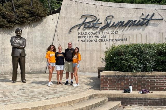 Youngquist-Family-Pat-Summitt-Plaza