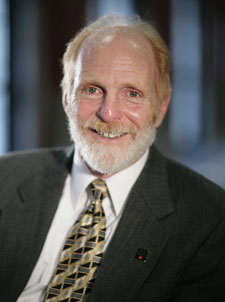 Bruce Bursten, Dean of College of Arts and Sciences and President of the American Chemical Society