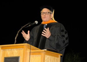 Chad Holliday receives honorary doctorate at UT's Fall 2012 Commencement Ceremony