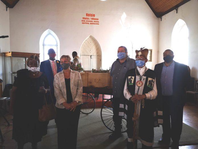 Skull of Koos Sas at Montagu Museum returned to community for reburial