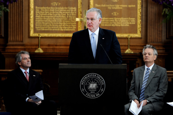 Governor Jay Nixon speaks at America's Service of Remembrance to honor Churchill.