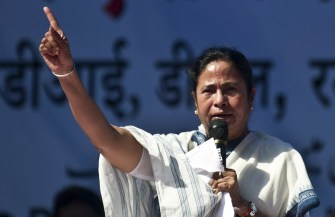 Mamata blames Jharkhand for flood in Bengal