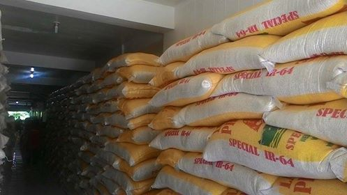 Residents of Taganaan receive 15 kilos of rice