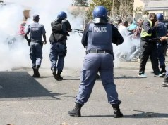 Police in Boikhutsong