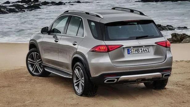 GLE SUV back