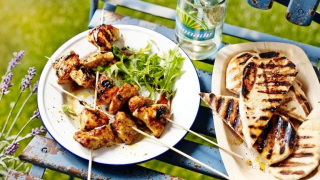 Spicy chicken kebabs