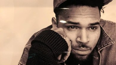 Photo of Chris Brown detained in Paris after ra_pe claim