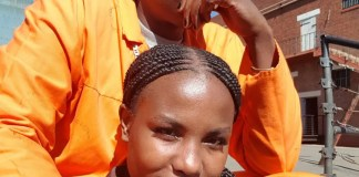 Mona Monyane and Khulu Skenjana