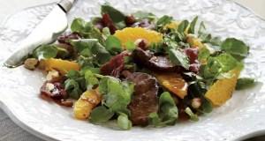 Warm chicken liver salad