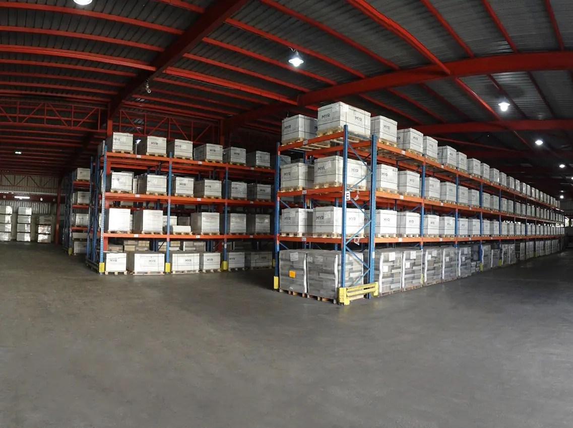 Airport Warehouse Picker and Packer Day and Night Shift