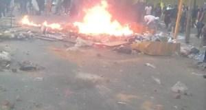 Police VS fake goods Shop owners in Johannesburg CBD