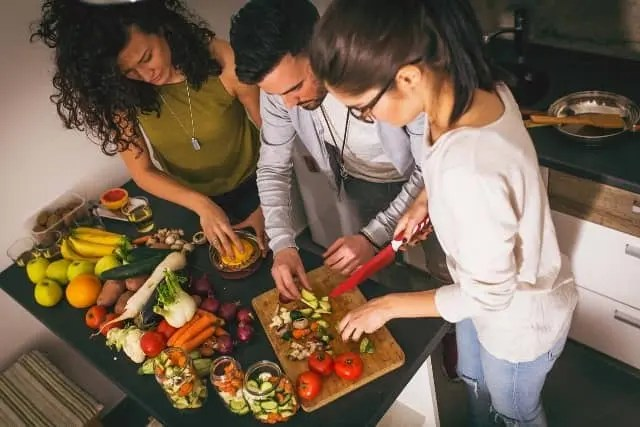 best food choices for people with HIV and TB