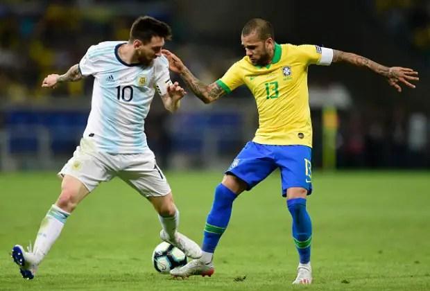 Dani Alves and Messi