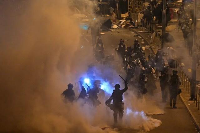 Hong Kong police fire tear gas