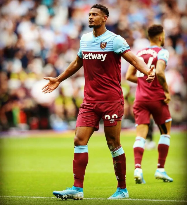 West Ham United 2 - 0 Norwich City
