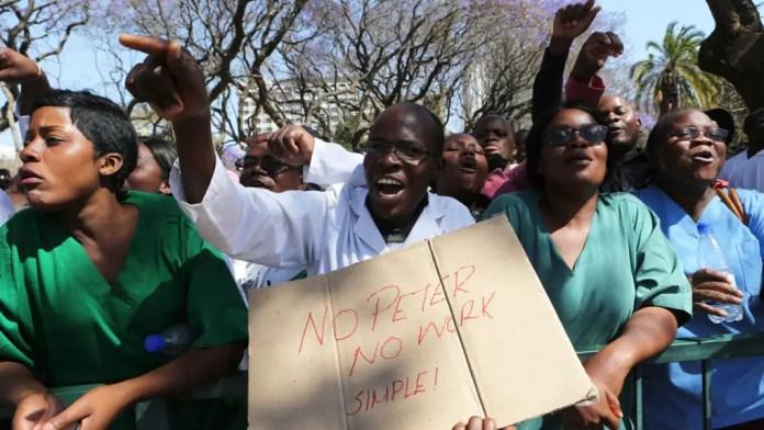 Zim police ban striking doctor1