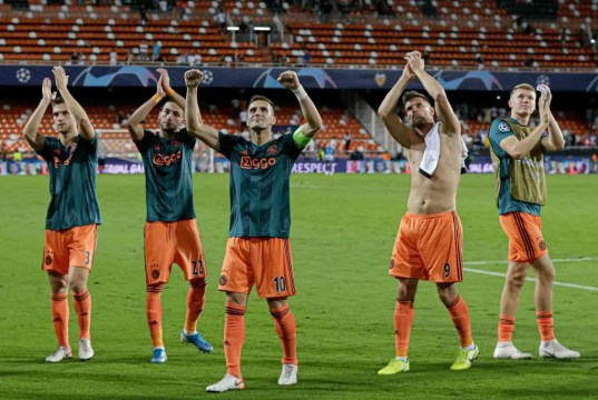 Valencia 0 - 3 Ajax