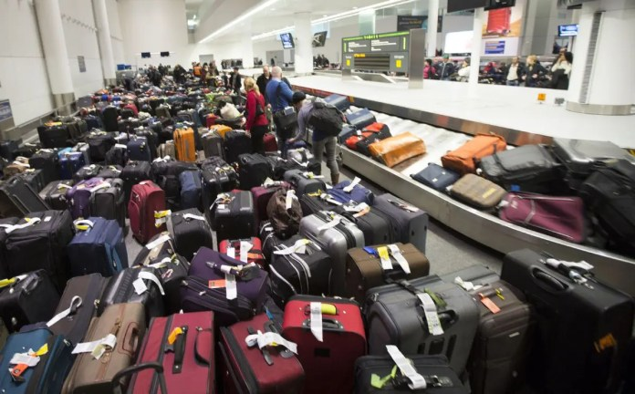 airport baggage theft