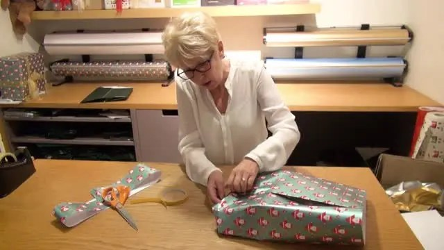 Festive Season Gift Wrappers