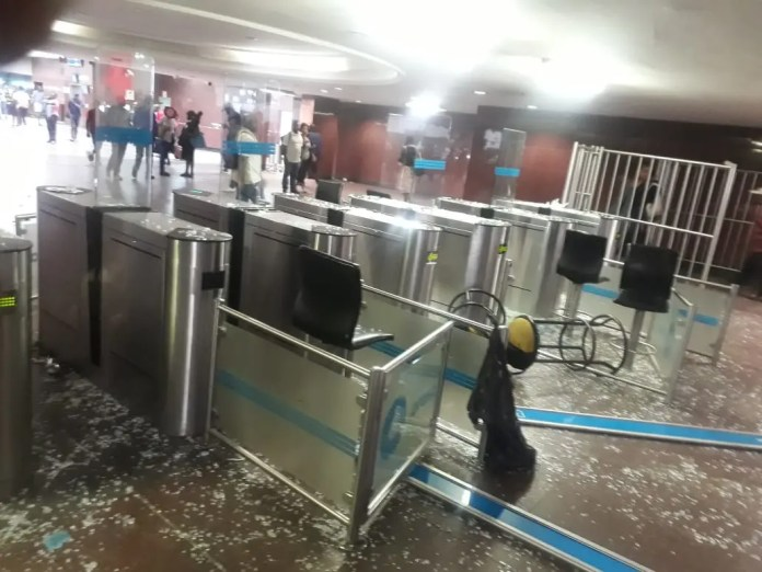 Shops looted at Joburg's Park Station