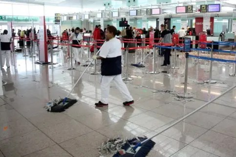 Airport cleaners
