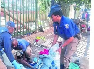 Cops help a homeless woman give birth