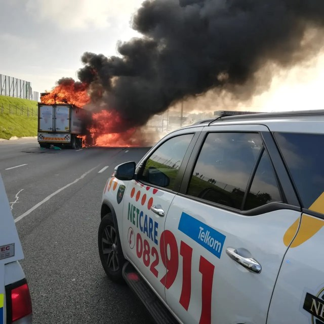 bus catches alight on N1