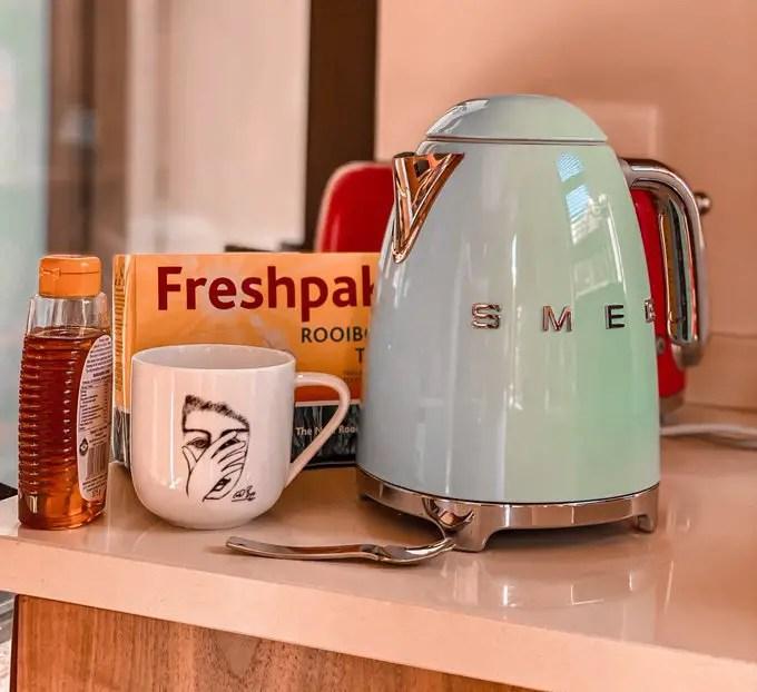 Mohale's smeg kettle