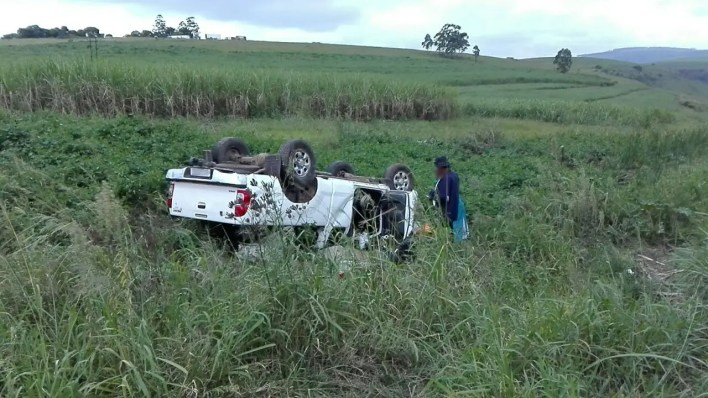 Two injured in Richmond rollover