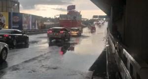 rains flood Joburg roads