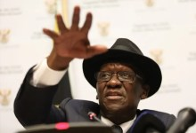 Photo of Stick to the rules or be arrested, Bheki Cele warns