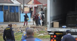 Food delivery trucks looted in Bishop Lavis