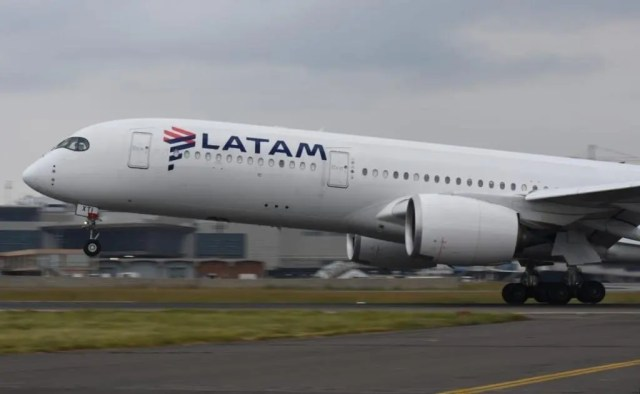 LATAM flight