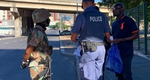 SANDF soldiers and SAPS police