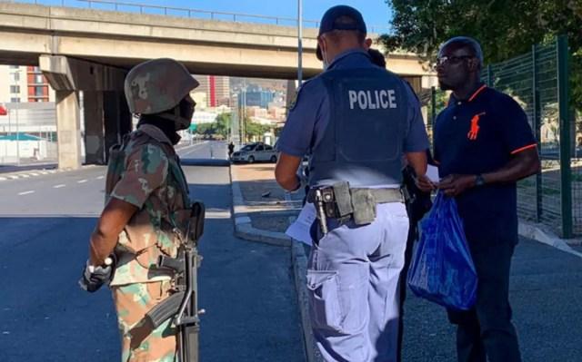 SAPS police