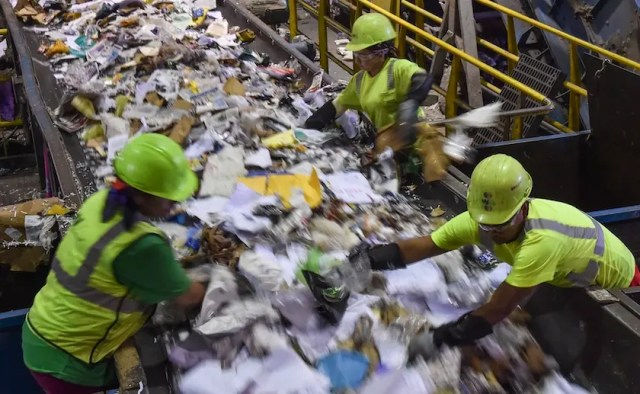 waste workers