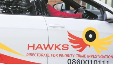 Photo of Hawks raid homes of 18 eThekwini officials linked to R700 million corruption investigation