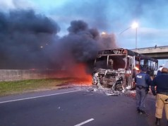 Golden Arrow buses set alight