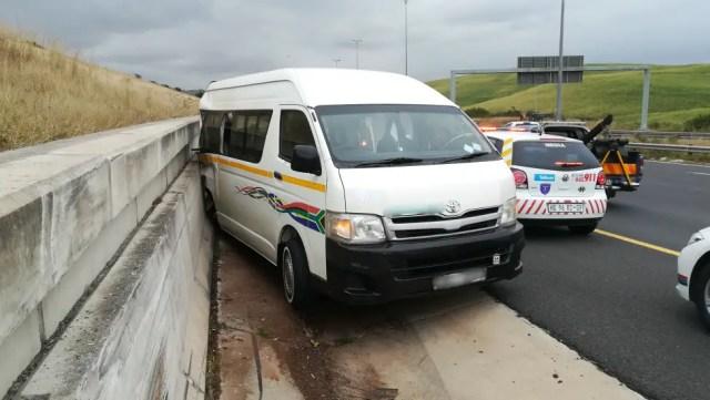 Multiple injured in N2 taxi crash
